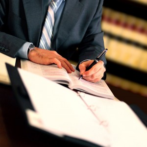 feature-employment-litigation